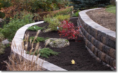 Bigg dawg nh retaining walls drainage solutions for Block wall landscape design